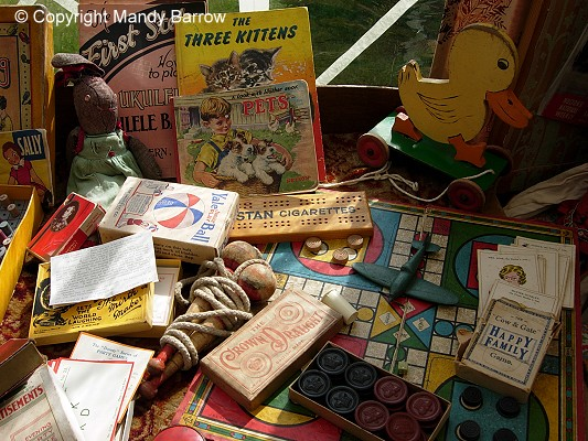 World War 2 Children's Homework Table - image 5